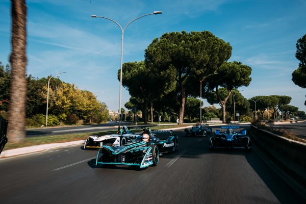 2017/2018 FIA Formula E Championship. Street Demonstration - Rome, Italy. Nelson Piquet Jr. (BRA), Panasonic Jaguar Racing, Jaguar I-Type II leads Lucas Di Grassi (BRA), Audi Sport ABT Schaeffler, Audi e-tron FE04 leads Sebastien Buemi (SUI), Renault e.Dams, Renault Z.E 17 leads Luca Filippi (ITA), NIO Formula E Team, NextEV NIO Sport 003. Thursday 19 October 2017. Photo: Malcom Griffiths/LAT/Formula E ref: Digital Image MALC0572