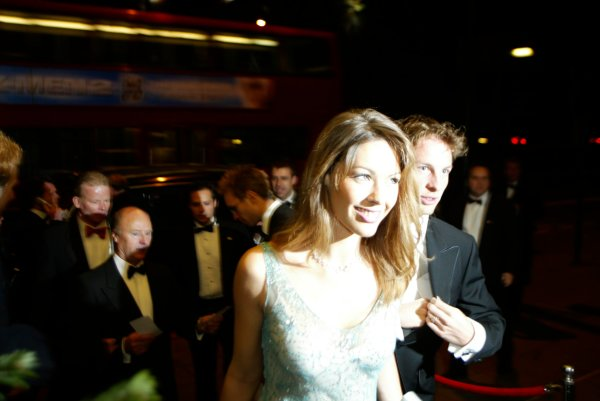 2003 AUTOSPORT AWARDS, The Grosvenor, London. 7th December 2003.Jenson Button arrives with girlfriend, Louise Griffiths.Photo: Peter Spinney/LAT PhotographicRef: Digital Image only