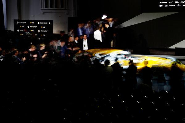 Renault  RS17  Formula 1 Launch. The Lindley Hall, London, UK. Tuesday 21 February 2017. Media gather around the R.S.17. World Copyright: Glenn Dunbar/LAT Images Ref: _X4I9952