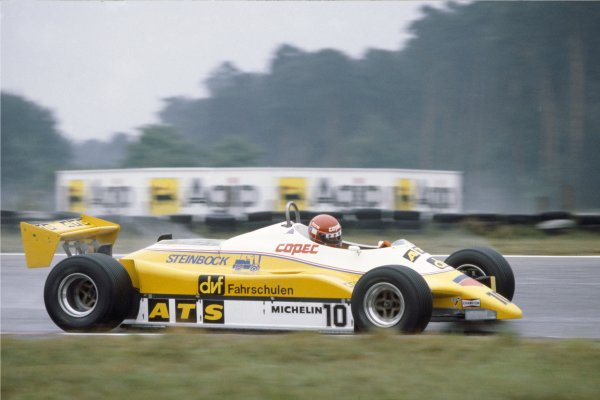 1982 Italian Grand Prix.Monza, Italy.10-12 September 1982.E Salazar (ATS D5 Ford) 9th position, action.World Copyright - LAT Photographic.
