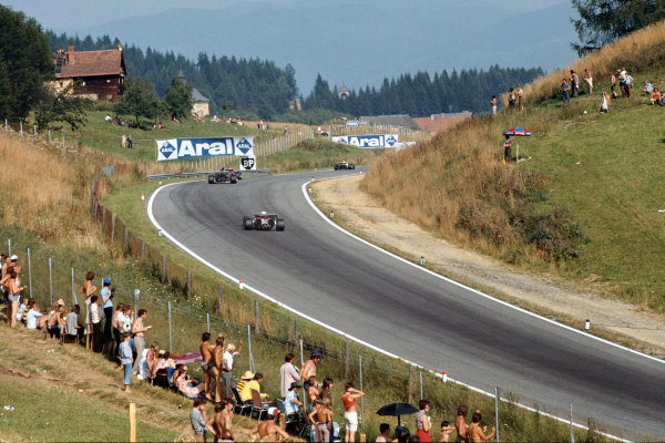 1972 Austrian Grand Prix.  Osterreichring, Zeltweg, Austria. 11-13th August 1972.  Cars exit Dr Tiroch Kurve.  Ref: 72AUT39. World Copyright: LAT Photographic