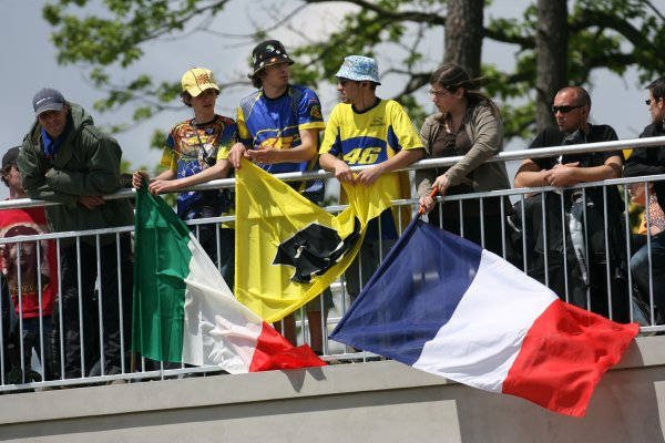 2008 MotoGP Championship.Le Mans, France. 15th - 18th May, 2008.French Valentino Rossi Fans.World Copyright: Martin Heath / LAT Photographic