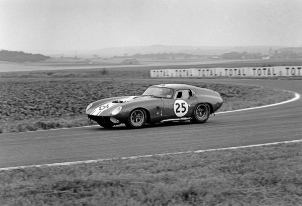 Reims-Gueux, France. 4th July 1965.Frank Gardner/Innes Ireland (Shelby Cobra Willment Coupe), retired, action. World Copyright: LAT Photographic.Ref:  1079 - 2.