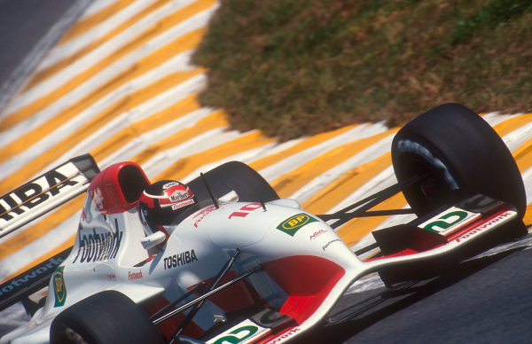 1992 Brazilian Grand Prix.Interlagos, Sao Paulo, Brazil.3-5 April 1992.Aguri Suzuki (Footwork FA13 Mugen-Honda). He failed to qualify.Ref-92 BRA 01.World Copyright - LAT Photographic