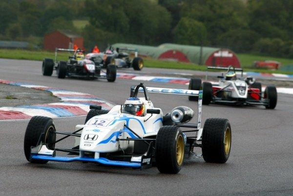 Race 2 - Maro Engel (GER) Carlin Motorsport  British Formula Three, Thruxton, England.23rd September 2006DIGITAL IMAGE