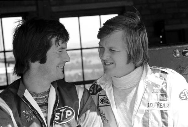 March designer Robin Herd(GBR) left,  enjoys a joke with Ronnie Peterson(SWE) South African GP, Kyalami, 4 March 1972