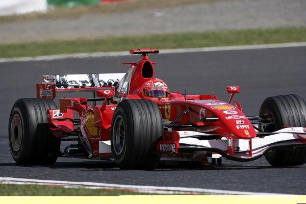 2006 Japanese Grand Prix - Saturday Practice Suzuka, Japan. 5th - 8th October 2006 Michael Schumacher, Ferrari 248F1, action. World Copyright: Charles Coates/LAT Photographic. ref: Digital Image ZK5Y6521