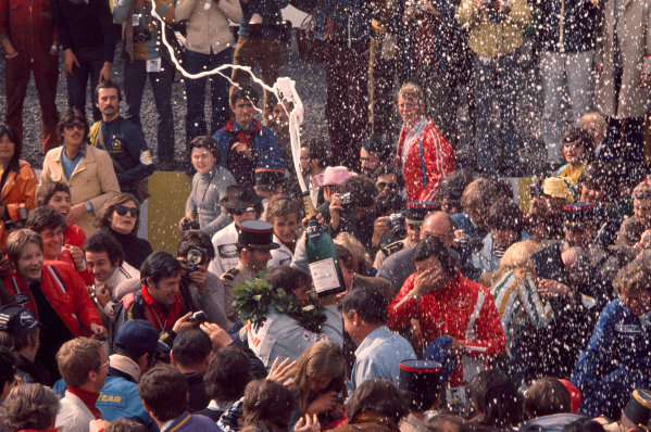 1972 French Grand Prix.Clermont-Ferrand, France.30/6-2/7 1972.Jackie Stewart (Tyrrell Ford) celebrates 1st position.Ref-72 FRA 33.World Copyright - LAT Photographic