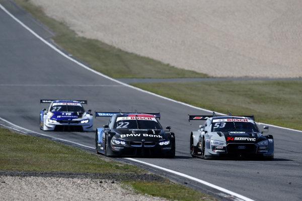 Lucas Auer, BMW Team RMG, BMW M4 DTM, Jamie Green, Audi Sport Team Rosberg, Audi RS 5 DTM.