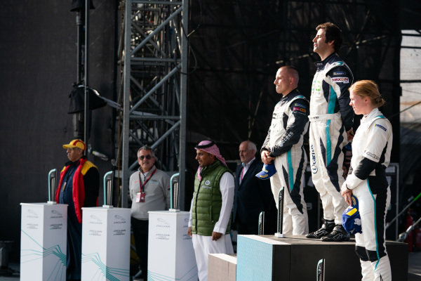 The PRO podium: Sérgio Jimenez (BRA), ZEG iCarros Jaguar Brazil, 1st position; Simon Evans (NZL), Team Asia New Zealand, 2nd position; and Alice Powell (GBR), Jaguar Ran Racing eTROPHY Team Germany, 3rd position