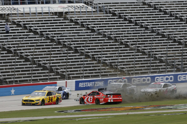 #43: Darrell Wallace Jr., Richard Petty Motorsports, Chevrolet Camaro Door Dash
