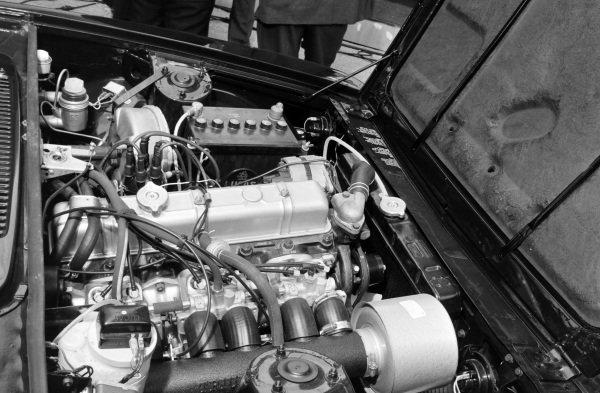 Triumph 2500 PI engine.