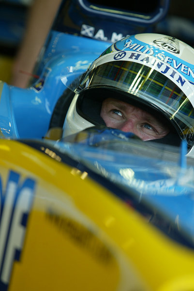 2003 San Marino Grand Prix - Friday 1st Qualifying Imola, Italy. 18th April 2003. Allan McNish, Renault R23, portrait. World Copyright LAT Photographic. ref: Digital Image Only.