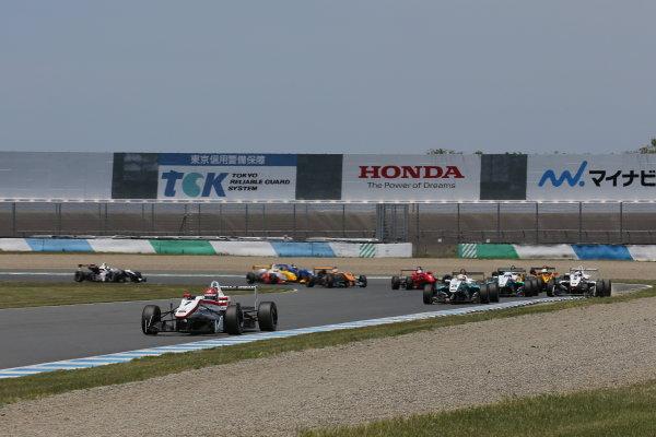 2014 All-Japan F3 Championship Motegi, Japan. 10th - 11th May 2014. Rd 2. Race 2. Start of the race, action. World Copyright: Yasushi Ishihara / LAT Photographic. Ref: 2014JF3_Rd3-5_008.JPG