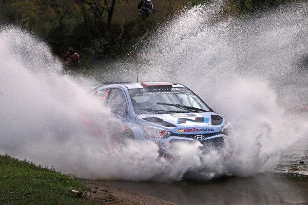 Dani Sordo (ESP) / Marc Marti (ESP) Hyundai i20 WRC. FIA World Rally Championship, Rd5, Rally Argentina, Preparations and Shakedown, Cordoba-Villa Carlos Paz, Argentina, 8 May 2014.