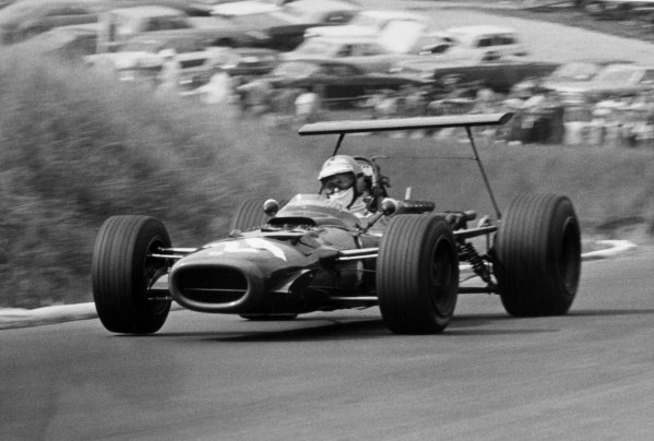 1968 Canadian Grand Prix.St Jovite, Canada. 22 September 1968.Piers Courage, BRM P126, retired, action.World Copyright: LAT PhotographicRef: Motor b&w print