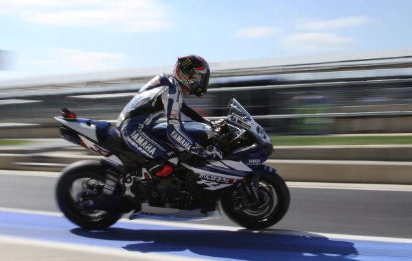 Silverstone, England. 29th-31st July 2011. Marco Melandri, Yamaha. Action. World Copyright: Kevin Wood/LAT Photographic. ref: Digital Image IMG_5350a