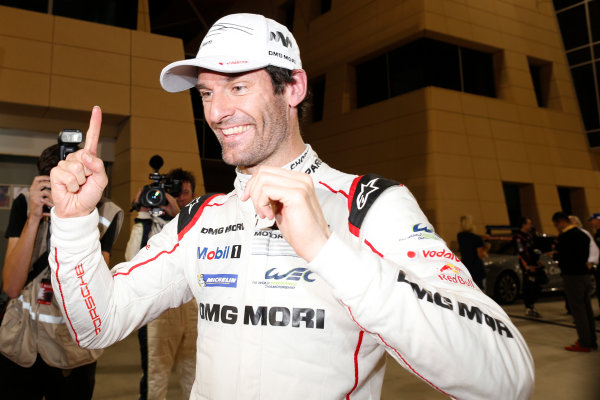 2015 FIA World Endurance Championship Bahrain 6-Hours Bahrain International Circuit, Bahrain Saturday 21 November 2015. Mark Webber (#17 LMP1 Porsche AG Porsche 919 Hybrid celebrates after winning the drivers championship. World Copyright: Alastair Staley/LAT Photographic ref: Digital Image _79P1340