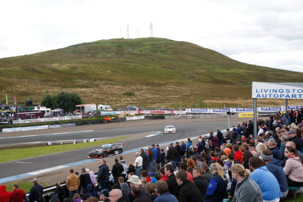 2014 Ginetta GT4 Supercup,  Knockhill, 23-24 August 2014, Fergus Walkinshaw (GBR) FW Motorsport World copyright: Jakob Ebrey/LAT Photographic