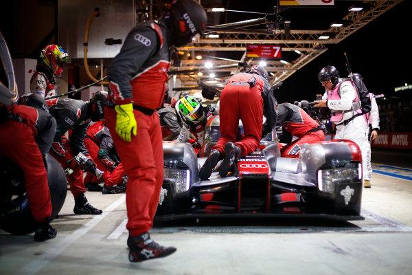 2016 Le Mans 24 Hours. Circuit de la Sarthe, Le Mans, France. Audi Sport Team Joest / Audi R18 - Lucas Di Grassi (BRA), Loic Duval (FRA), Oliver Jarvis (GBR).  Sunday 19 June 2016 Photo: Adam Warner / LAT ref: Digital Image _L5R6240