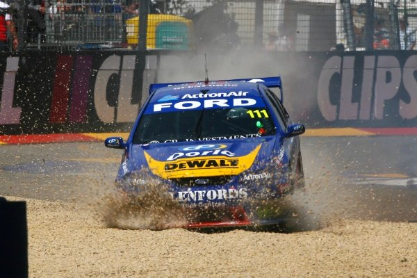 John Bowe (AUS) Glenfords Tools Ford goes off into the gravel.