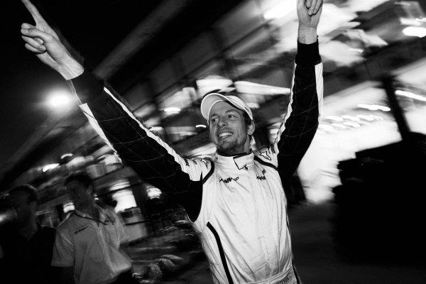 Jenson Button (GBR) Brawn Grand Prix celebrates his win after the race. Formula One World Championship, Rd 1, Australian Grand Prix, Race, Albert Park, Melbourne, Australia, Sunday 29 March 2009.    BEST IMAGE