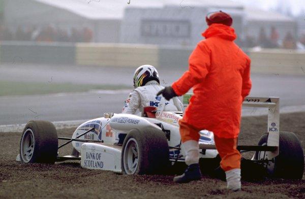 FORMULA THREE CHAMPIONSHIP 2000Narain Karthikeyan spins off during the race - action - crash - accidentBritish Formula Three Championship, Croftm 9 April 2000World - LAT PhotographicTel: +44 (0) 20 8251 3000Fax: +44 (0) 20 8251 3001e-mail: digital@latphoto.co uk