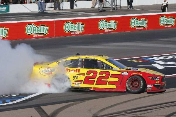 #22: Joey Logano, Team Penske, Ford Mustang Shell Pennzoil celebrates his win with a burnout