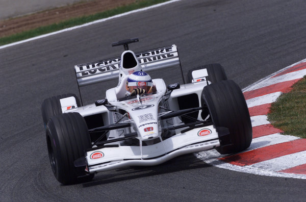 2001 Spanish Grand PrixCatalunya, Barcelona, Spain. 27-29 April 2001.Olivier Panis (B.A R. 003 Honda) 8th position.World Copyright - Steve Etherington/LAT Photographicref: 18 mb Digital Image
