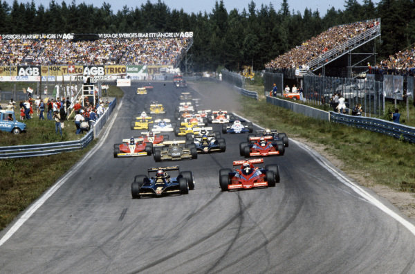 Niki Lauda, Brabham BT46B Alfa Romeo challenges pole sitter Mario Andretti, Lotus 79 Ford for the lead at the start with John Watson, Brabham BT46B Alfa Romeo and Riccardo Patrese, Arrows FA1 Ford behind.
