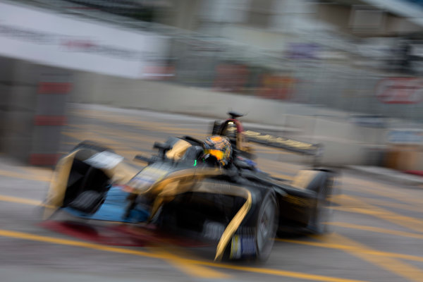 2016/2017 FIA Formula E Championship. Hong Kong ePrix, Hong Kong, China. Saturday 8 October 2016. Ma Qing Hau (CHN), Techeetah, Spark-Renault, Renault Z.E 16.  Photo: Alastair Staley/LAT/Formula E ref: Digital Image 585A9426