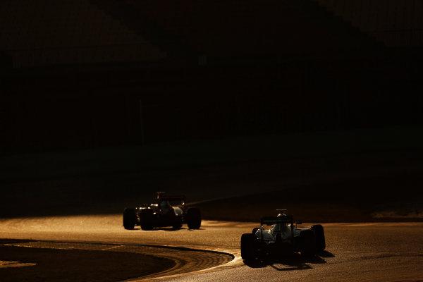 Circuit de Catalunya, Barcelona, Spain Wednesday 24 February 2016. Lewis Hamilton, Mercedes F1 W07 Hybrid, and Kimi Raikkonen, Ferrari SF16-H. World Copyright: Alastair Staley/LAT Photographic ref: Digital Image _79P4057