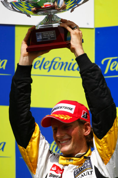 Barcelona, Spain.Sunday Race. 10th May 2009.Romain Grosjean (FRA, Barwa International Campos Team). World Copyright: Charles Coates / GP2 Series Media Service.Ref: _26Y7225 jpg