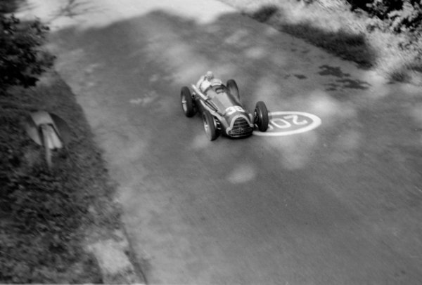 1951 Italian Grand Prix.Monza, Italy. 16 September 1951.Juan Manuel Fangio (Alfa Romeo 159). Ref-51/51 #22A-23.World Copyright - LAT Photographic