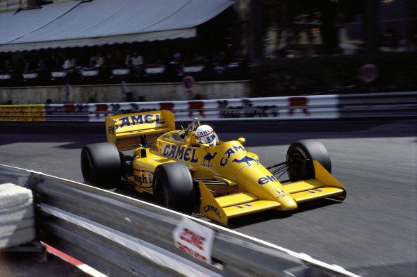 Satoru Nakajima, Lotus 99T Honda.