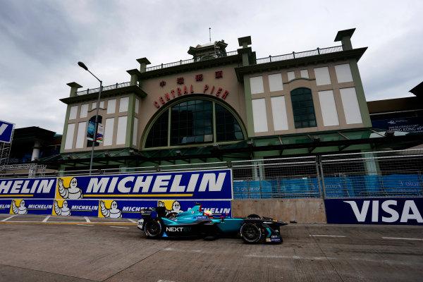 2016/2017 FIA Formula E Championship. Hong Kong ePrix, Hong Kong, China. Sunday 09 October 2016. Oliver Turvey (88, NextEV NIO) Photo: Andrew Ferraro/LAT/Formula E ref: Digital Image _FER1579