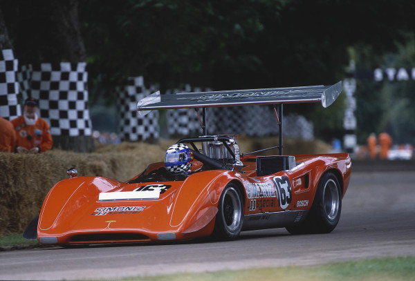 2002 Goodwood Festival of SpeedGoodwood, England. 12th - 14th July 2002.Don Bell, Lola Chevrolet T163A.World Copyright: Jeff Bloxham/LAT Photographicref: 35mm Image A11