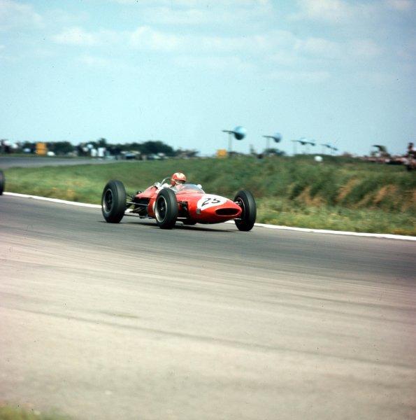 1963 British Grand Prix.Silverstone, England.18-20 July 1963.Jo Siffert (Lotus 24 BRM).Ref-3/1001World Copyright - LAT Photographic
