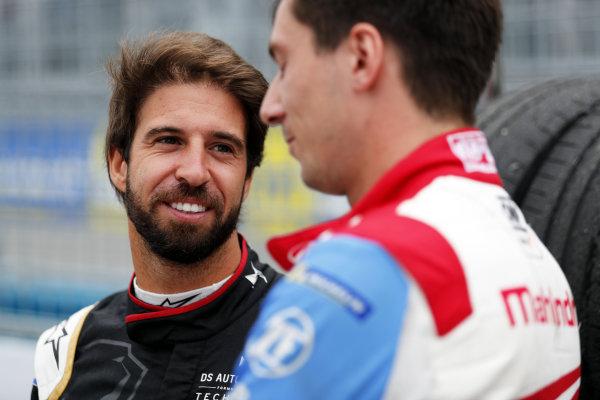 Antonio Felix da Costa (PRT), DS Techeetah, with Alex Lynn (GBR), Mahindra Racing