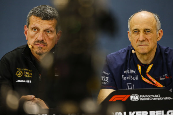 Guenther Steiner, Team Principal, Haas F1, and Franz Tost, Team Principal, Toro Rosso