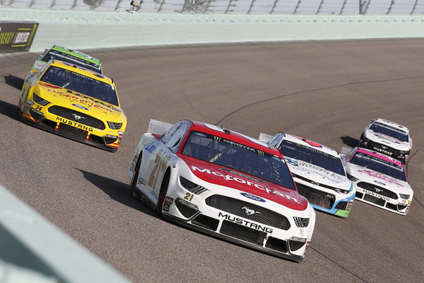 #21: Paul Menard, Wood Brothers Racing, Ford Mustang Motorcraft / Quick Lane Tire & Auto Center, #43: Darrell Wallace Jr., Richard Petty Motorsports, Chevrolet Camaro Victory Junction and #34: Michael McDowell, Front Row Motorsports, Ford Mustang Love's Travel Stops