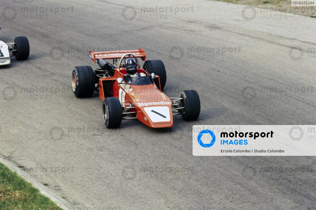 Graham Hill, Brabham BT38 Ford/R.E.S.