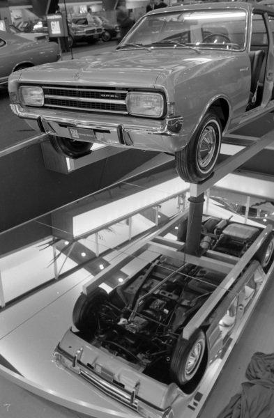 Opel Ascona saloon.