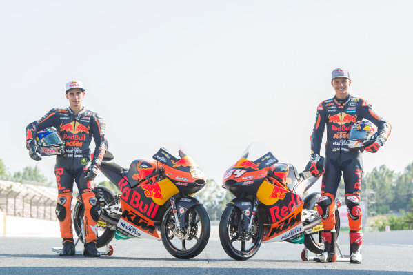 2017 Moto3 Championship - Round 7 Circuit de Catalunya, Barcelona, SpainThursday 8 June 2017 Niccolo Antonelli, Red Bull KTM Ajo, Bo Bendsneyder, Red Bull KTM Ajo World Copyright: Gold & Goose Photography/LAT Images ref: Digital Image 675598