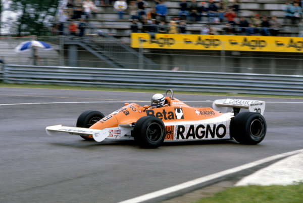 1981 San Marino Grand PrixImola, Italy. 1st - 3rd May 1981.Riccardo Patrese (Arrows A3-Ford), 2nd position, action.World Copyright: LAT Photographicref: 81SM009
