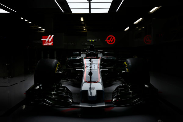 Suzuka Circuit, Japan. Thursday 5 October 2017. The Haas VF-17 Ferrari of Kevin Mgnussen. World Copyright: Andrew Hone/LAT Images  ref: Digital Image _ONY6674