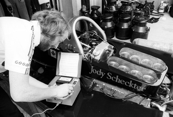 A Wolf mechanic uses a Castrol Vapour Lock Indicator on the Wolf WR5 of Jody Scheckter (RSA). British Grand Prix, Rd 10, Brands Hatch, England, 16 July 1978.