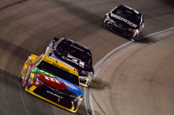 4-6 November, 2016, Fort Worth, Texas USA Kyle Busch, M&M's Core Toyota Camry (18), Jamie McMurray (1), Kasey Kahne (5) ?2016, John Harrelson / LAT Photo USA