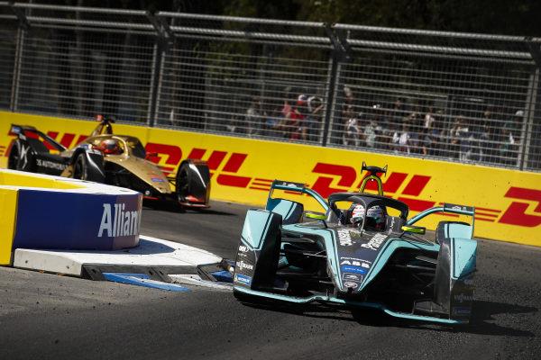 Nelson Piquet Jr. (BRA), Panasonic Jaguar Racing, Jaguar I-Type 3 leads Jean-Eric Vergne (FRA), DS TECHEETAH, DS E-Tense FE19