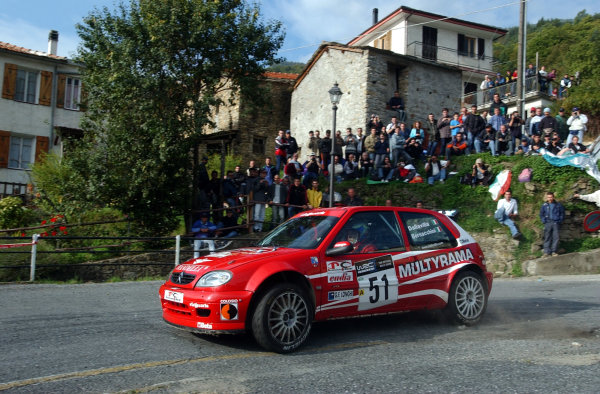 2002 World Rally Championship.Rallye d'Italia, 20-22 September.Sanremo, Italy.Andrea Dallavilla in action on Stage 16. Winner of the Junior World Rally Championship category.Photo: Ralph Hardwick/LAT